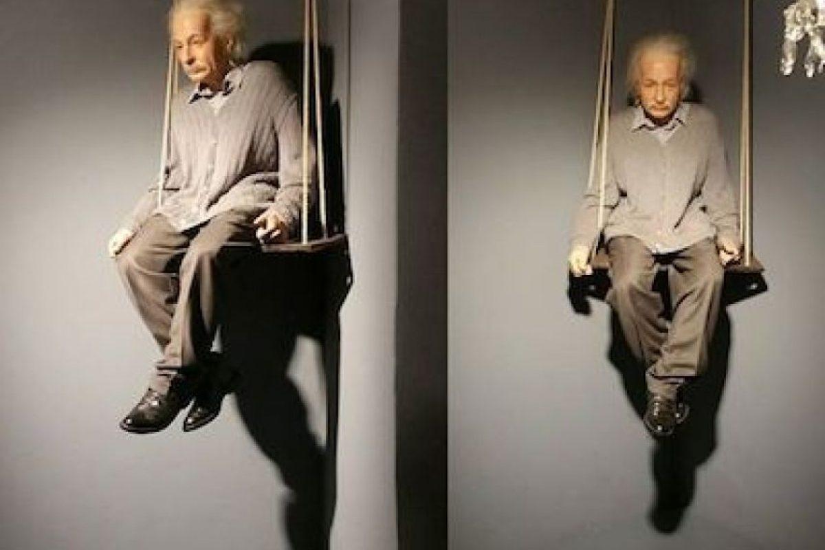 """Helen Dukas, su secretaria, confirmó que a Einstein le molestaba usar calcetines: """"No los usó ni para ir a la Casa Blanca"""". Foto:Instagram.com/explore/tags/einstein/. Imagen Por:"""