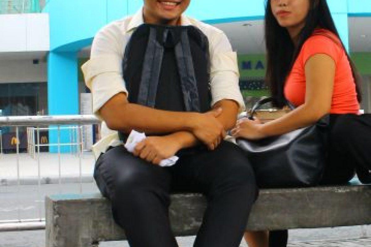 "Justin Macaldo junto a Jess Matiga, filipinos que toman ""jeepneys"" Foto:Jaime Liencura / Publimetro. Imagen Por:"