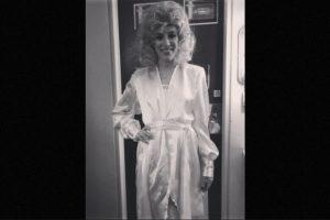 Esquivel en la piel de Aguilera Foto:Instagram/laura_esquivel. Imagen Por: