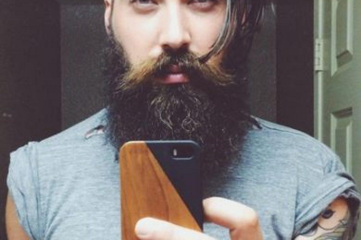 Toran, que también es músico y vive en Los Ángeles, goza de gran popularidad en Instagram, donde cuenta con más de 104 mil seguidores. Foto:Instagram/lane_toran. Imagen Por: