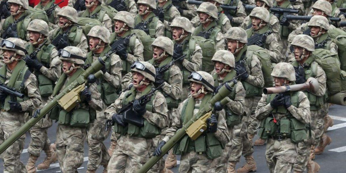 Militares peruanos realizaron ejercicio cerca del límite con Chile