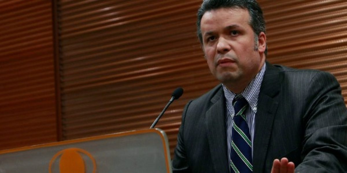 Presidente de Codelco no descarta más despidos