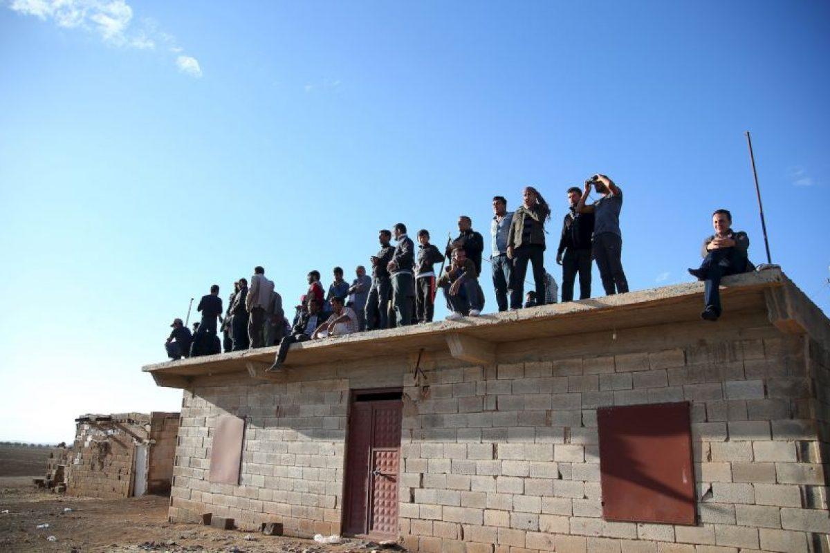 6. Abu Alaa al-Afri y Fadel al-Hayali también le reportan 9 consejos: Consejo de liderazgo, Consejo legal, Consejo de la Shura, Consejo militar, Consejo de inteligencia, Consejo de seguridad, Consejo financiero, Consejo de asistencia a combatientes y el Consejo de medios. Foto:Getty Images. Imagen Por: