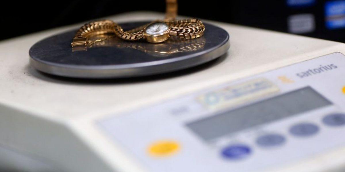 No perdieron el tiempo: delincuentes roban relojes en mall de Huechuraba