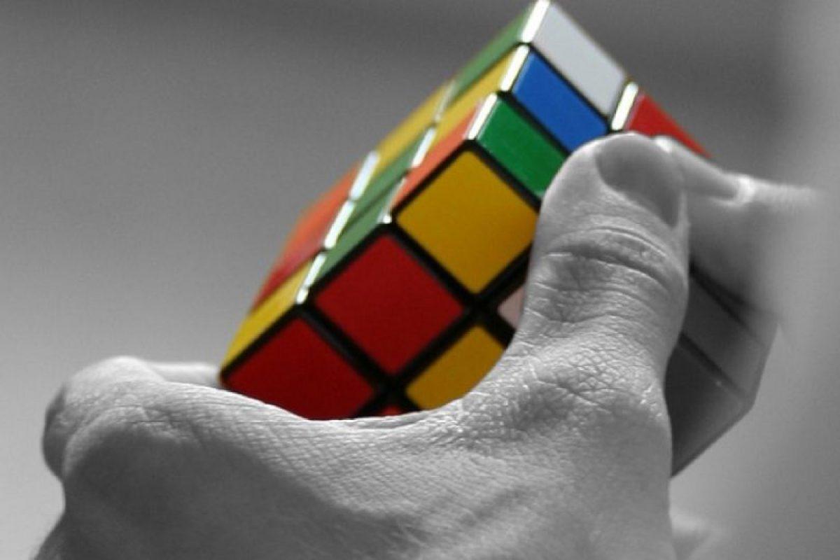 Fue hasta 1982, que el récord mundial resolviendo un cubo estándar se situó en 22,95 segundos. Foto:Vía Flickr. Imagen Por: