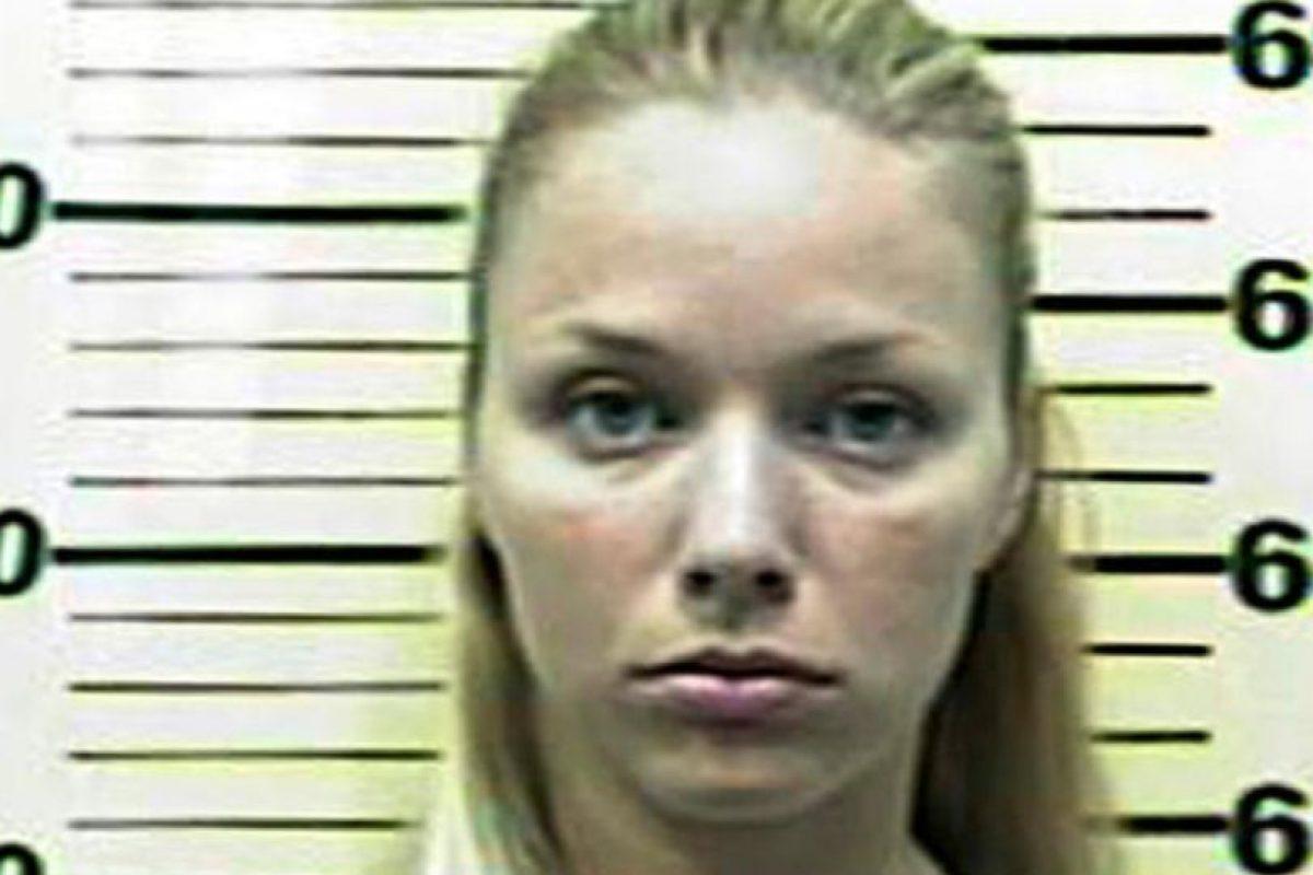 Pamela Rogers, fue acusada de tener relaciones con un niño de 13 años. Foto:Warren County Sheriff. Imagen Por: