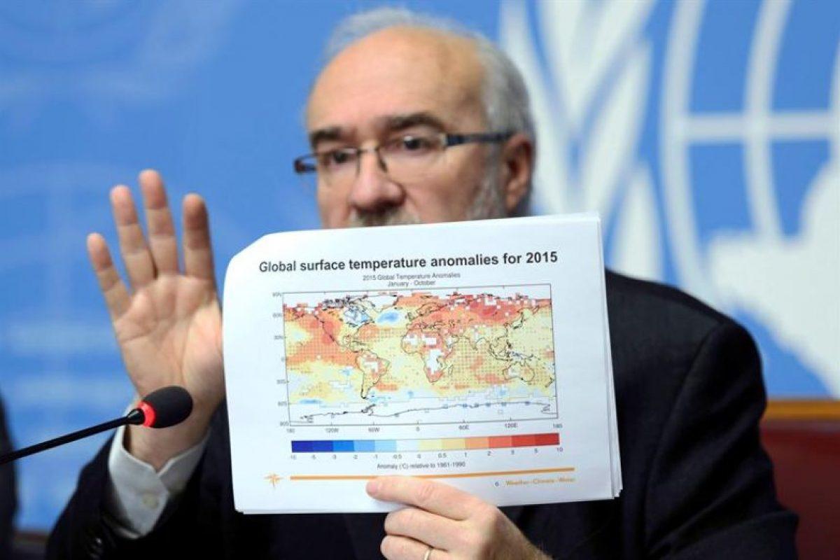 Michel Jarraud, secretario general de la OMM, hoy durante un rueda de prensa para presentar la evaluación provisional del estado global del clima en 2015. Foto:Efe. Imagen Por: