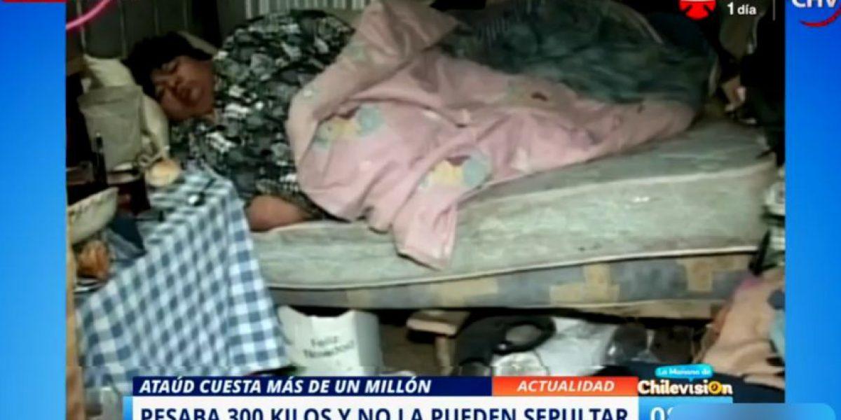 Osorno: mujer murió pesando 300 kilos y ahora no la pueden sepultar