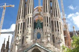 La Sagrada Familia, Barcelona, España.. Imagen Por: