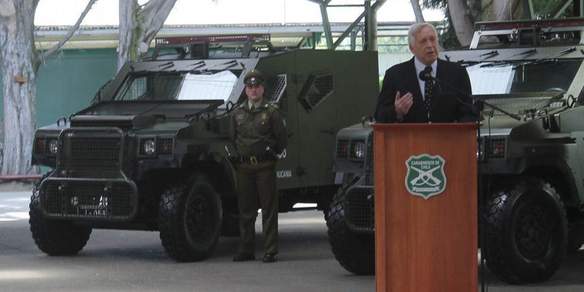 Ministro del Interior entregó vehículos policiales durante su visita a La Araucanía