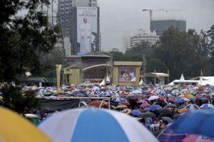 Algunos de los asistentes habían hecho fila desde la madrugada. Foto:AP. Imagen Por: