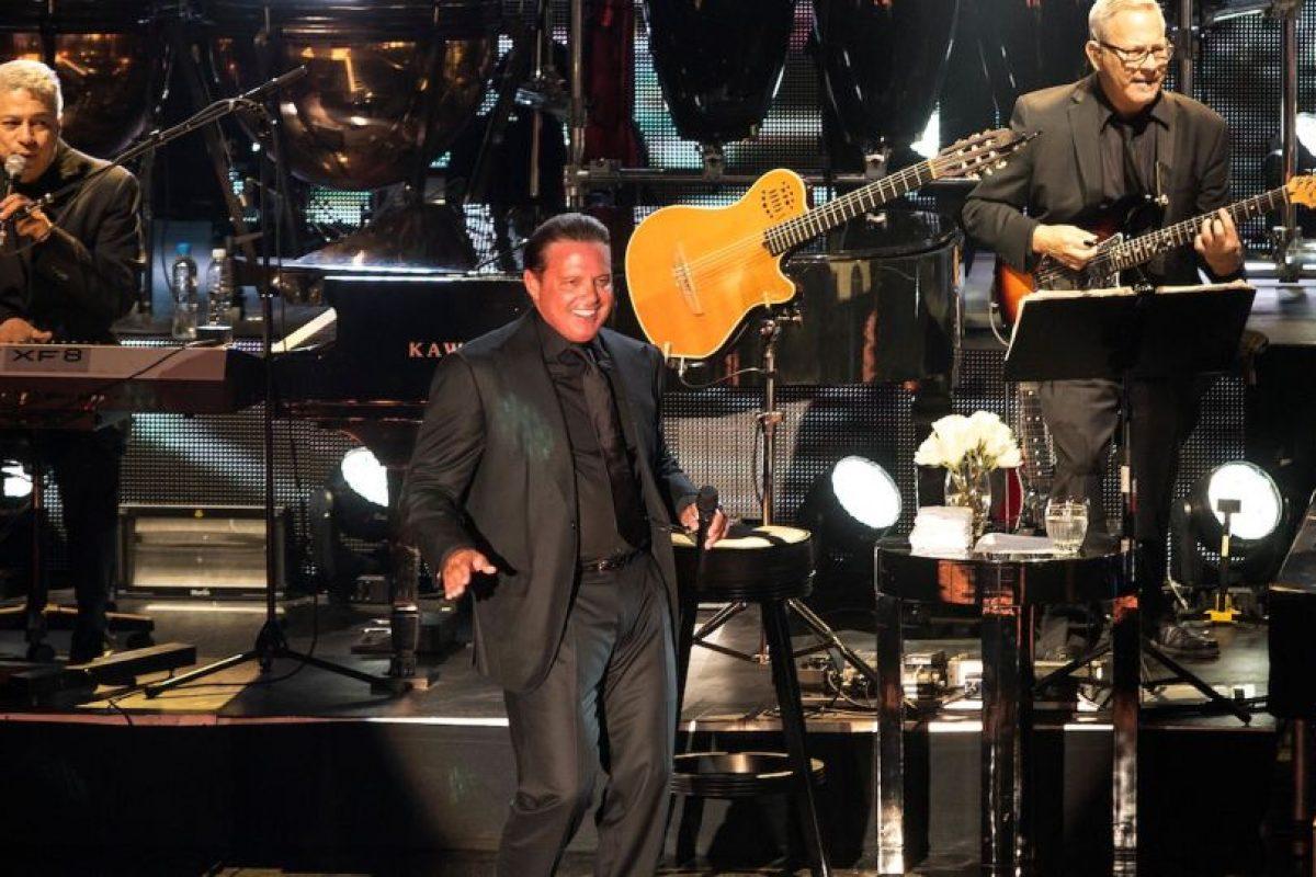 SEPTIEMBRE: Durante su show en Las Vegas, el cantante estaba más que preparado para entregarse a su público, pero al recinto solo llegaron el 60% de las personas. Foto:The Grosby Group. Imagen Por: