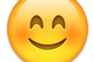 Rostro con los cachetes sonrojados. Foto:vía emojipedia.org. Imagen Por:
