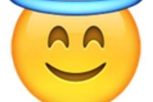 Rostro con aureola. Foto:vía emojipedia.org. Imagen Por: