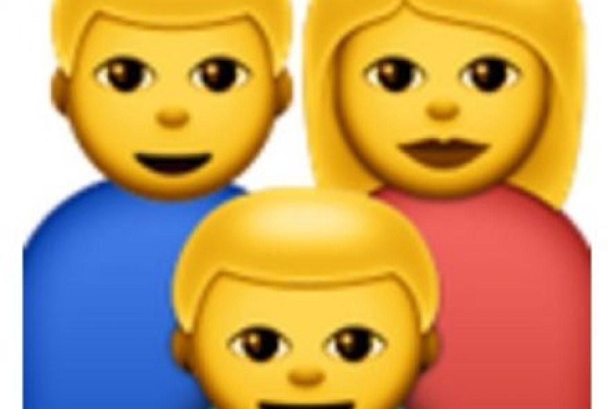 La familia de tres personas. Foto:vía emojipedia.org. Imagen Por: