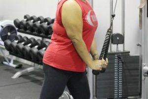 Christa Sierra, de Austin, Texas, tenía 88 kilogramos de más (196 libras). Por supuesto, se alimentaba de pura comida chatarra. Hasta que fue al gimnasio y comenzó a cambiar. Foto:vía Barcroft Media. Imagen Por: