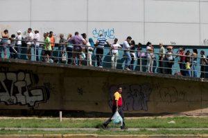 6. Economía: La caída libre venezolana Foto:Getty Images. Imagen Por:
