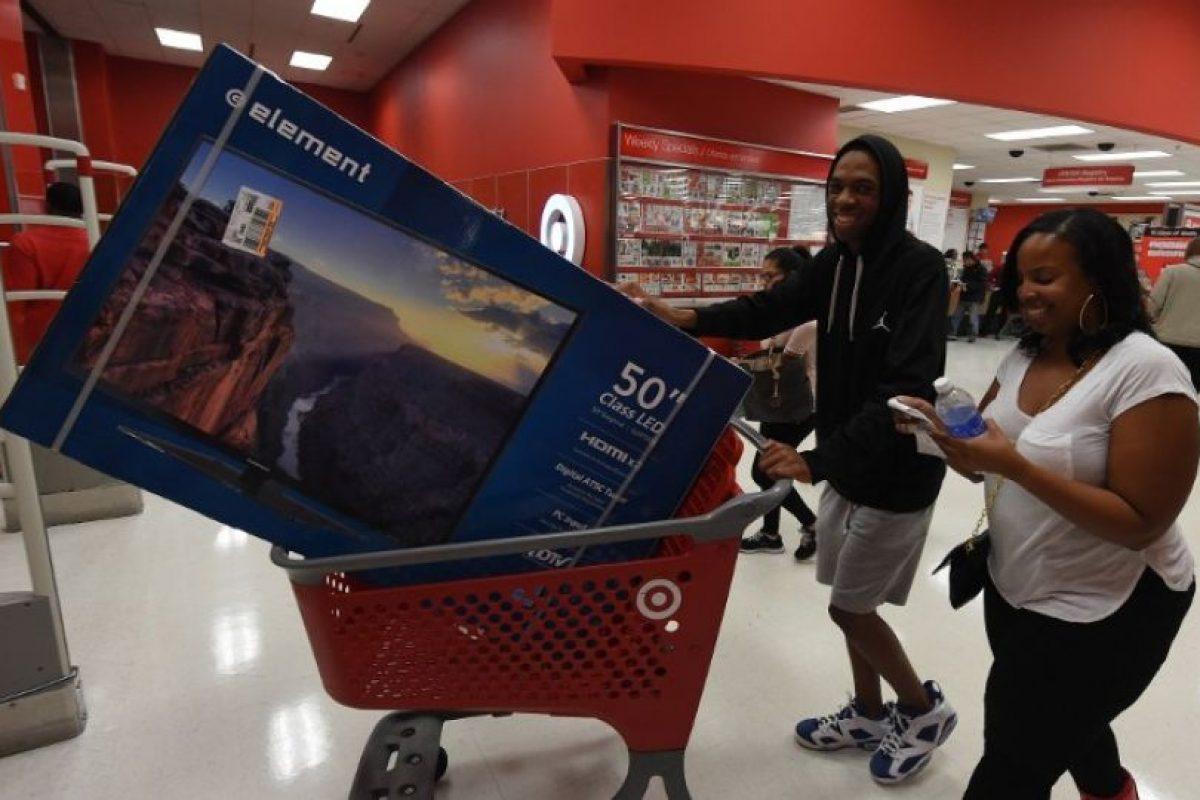 Algunos de los productos con descuento en 2015, tienen el mismo precio que en 2014. Foto:AFP. Imagen Por: