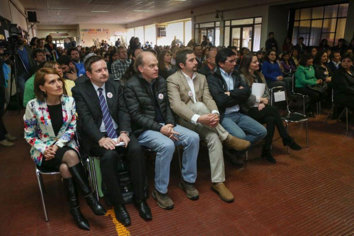 Al acto en la escuela Baquedano asistieron alumnos, apoderados, cuerpo docente y autoridades Foto:GENTILEZA. Imagen Por: