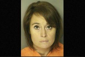 Ann Hope profesora de Carolina del Sur Carole fue arrestada por tener relaciones con un exestudiante de secundaria Foto: J. Reuben Long Detention Center. Imagen Por: