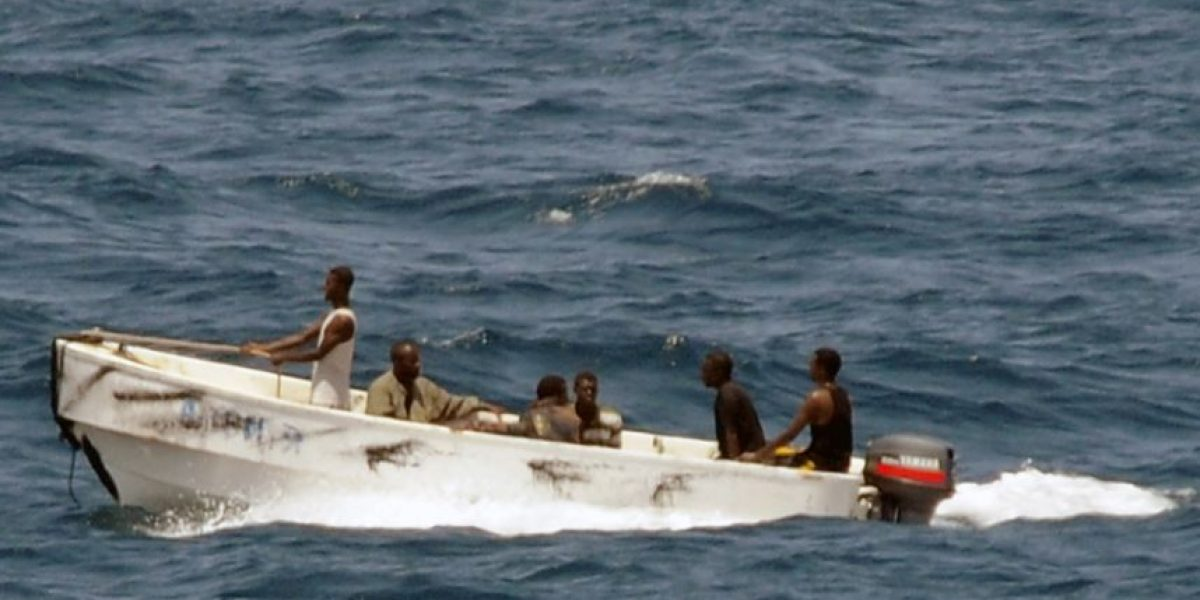 Buscan a marino mercante chileno que cayó de un buque en Puerto Rico