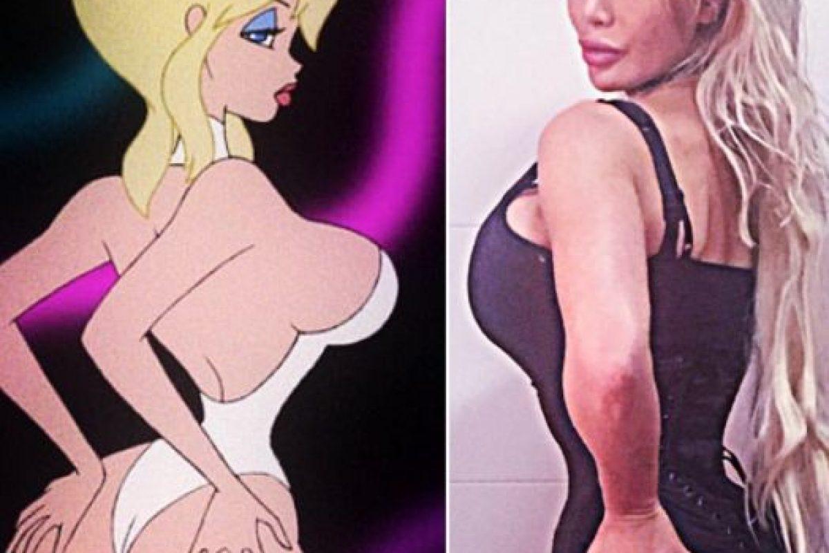 """Su inspiración es Jessica Rabbit. Quiere verse como ella y como otros personajes de caricatura incluida """"Holli Would"""" de la película """"Cool World"""", que paradójicamente, en """"Live Action"""", fue interpretada por Kim Basinger. Foto:vía Facebook/Pixee Fox. Imagen Por:"""