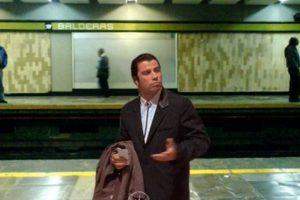 """El meme """"Confused Travolta"""" ya llegó a Latinoamérica y muestra al personaje que el actor interpretó en """"Pulp Fiction"""" (1994), en una situación donde se le ve confundido. Foto:vía Facebook. Imagen Por:"""