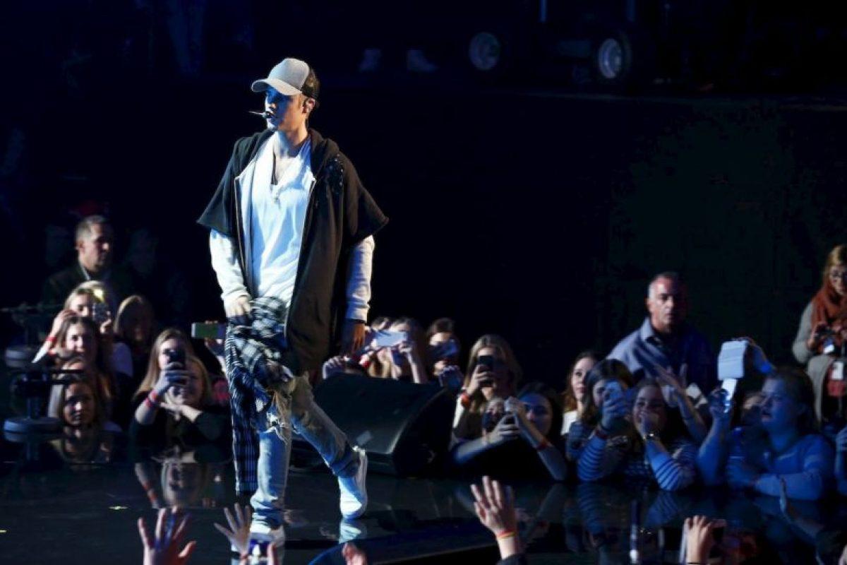 """Espero que la gente sepa de dónde vengo. Siento también haber hecho perder su tiempo a la gente que veía el concierto por la televisión. Me aseguraré de arreglarlo la próxima vez. Con amor, Justin"""". Foto:AFP. Imagen Por:"""