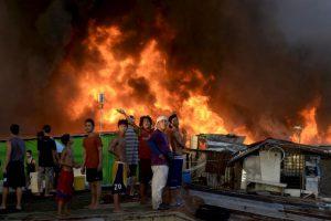 Incendio en Manila, Filipinas. Foto:AFP. Imagen Por: