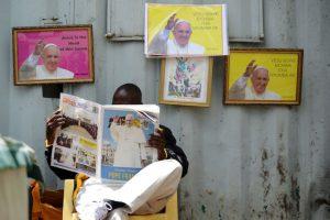 Así esperaron al papa en Kenia. Foto:AFP. Imagen Por: