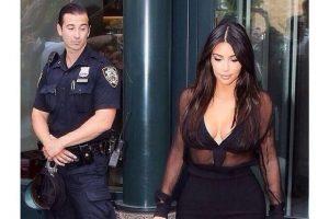 """En agosto de 2014, un guardia privado y un oficial fueron captados """"mirando de más"""" a la esposa de Kanye West. Ella los exhibió en redes sociales con el mensaje """"¿Qué está viendo?"""" Foto:Facebook.com/KimKardashian. Imagen Por:"""