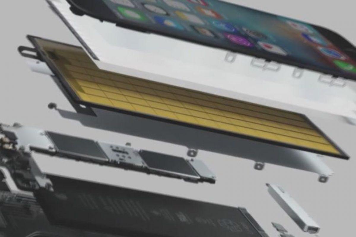 Los componentes internos. Foto:Apple. Imagen Por: