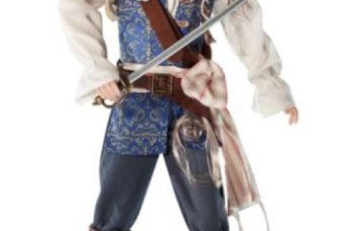 """Johnny Depp en """"Piratas del Caribe"""". Foto:vía Mattel. Imagen Por:"""