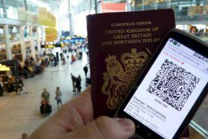 Luego de invertir 11 horas de trabajo los británicos pagan 100 dólares por el pasaporte. Foto:Vía Flickr. Imagen Por: