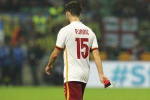 Tiene 25 años de edad, es mediocentro y tiene gol. Foto:Getty Images. Imagen Por: