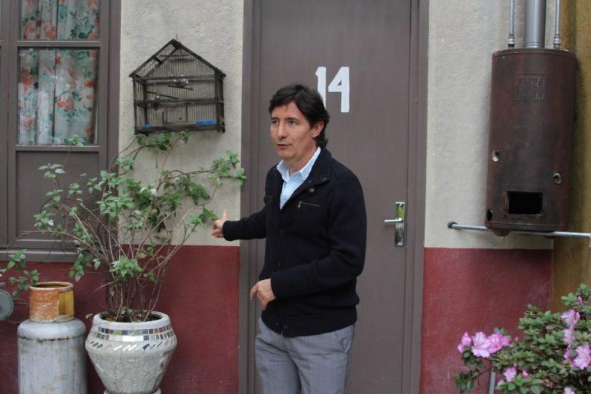 Roberto Gómez Fernández en la casa de Doña Florinda. Foto:Nicolás Corte. Imagen Por: