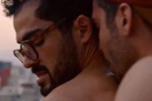 """""""Lito"""" mantine un romance con """"Hernando"""", quien es interpretado por Alfonso Herrera. Foto:Netflix. Imagen Por:"""