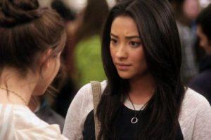"""""""Emily"""" está completamente enamorada de su vecina. Foto:ABC Family. Imagen Por:"""