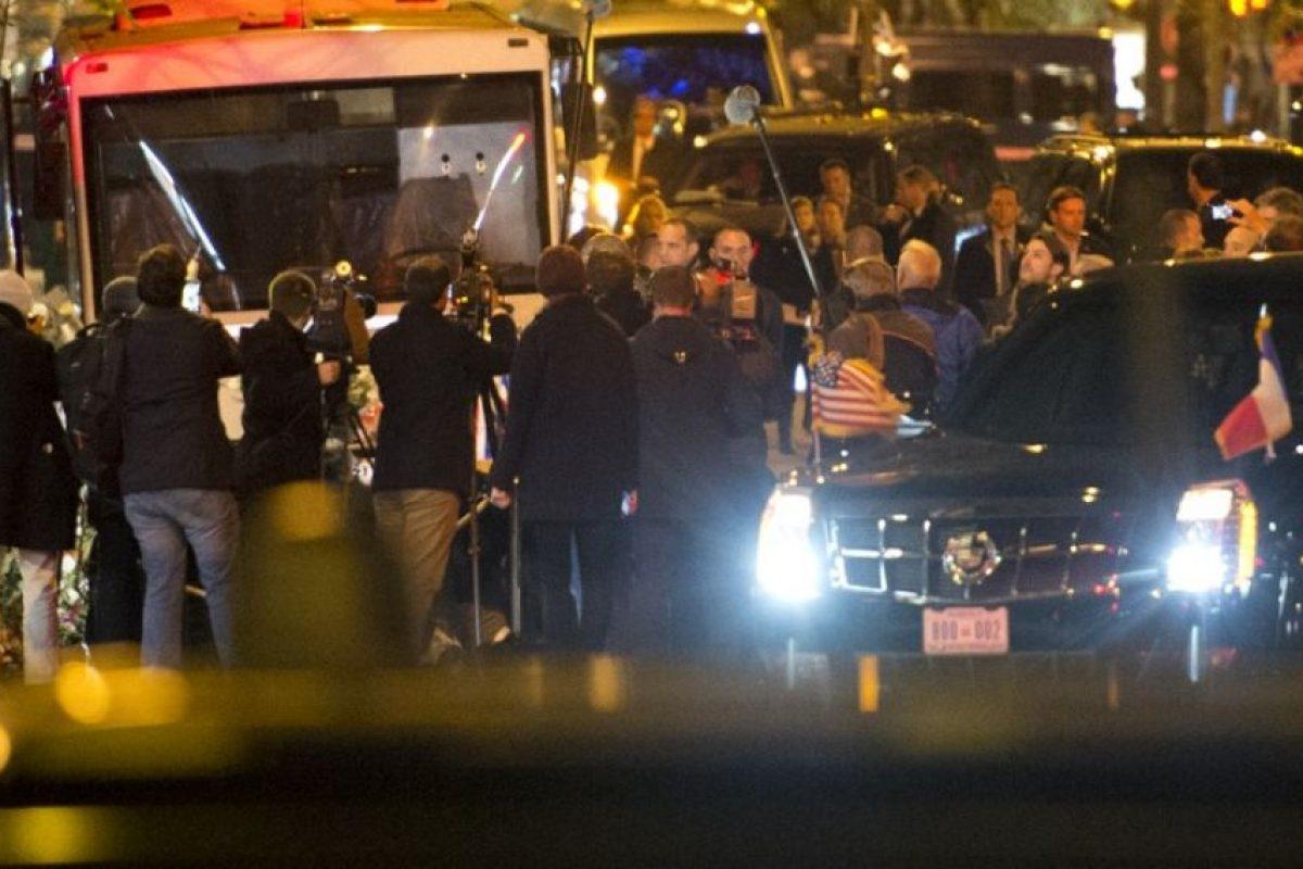 Uno de los atacantes hizo estallar su chaleco bomba Foto:AFP. Imagen Por: