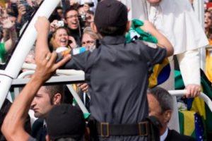 Si el veredicto es positivo, el Prefecto de la Congregación ordenará el decreto correspondiente, que le enviará al Papa en turno Foto: Getty Images. Imagen Por: