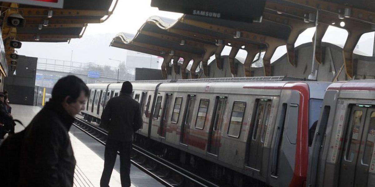 Comenzó nuevo horario de servicio expreso en Metro de Santiago