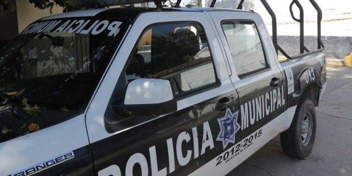 Impacto en México: captan a una policía haciendo sexo oral en la patrulla a compañero