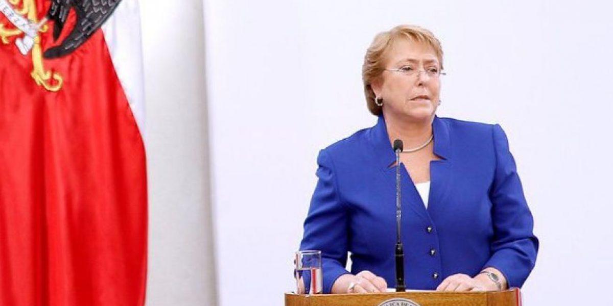 Cadem: Bachelet mantiene 26% de aprobación y 64% de desaprobación