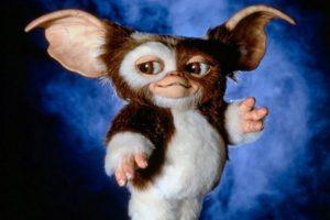 Lo que provoca que salgan unas bolas peludas del animal. Foto:Warner Bros. Imagen Por: