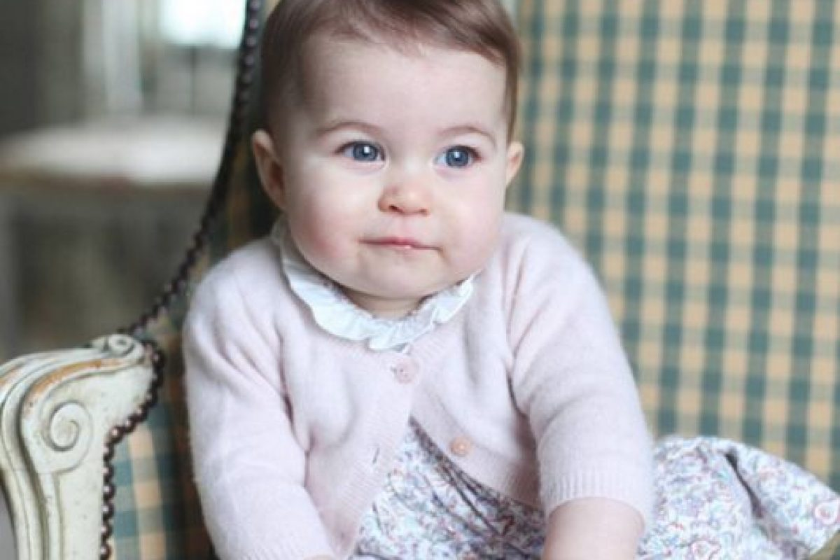 La pequeña ya tiene siete meses de edad. Foto:Vía Instagram.com/kensingtonroyal. Imagen Por: