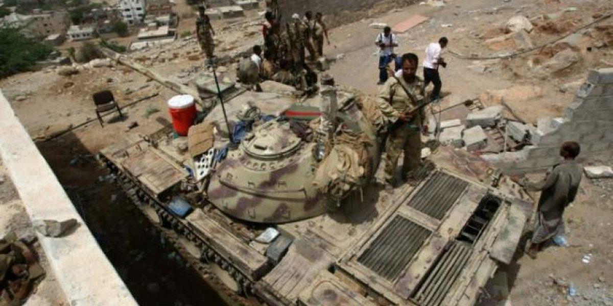 Al Qaida se apodera de una ciudad estratégica en el sur de Yemen