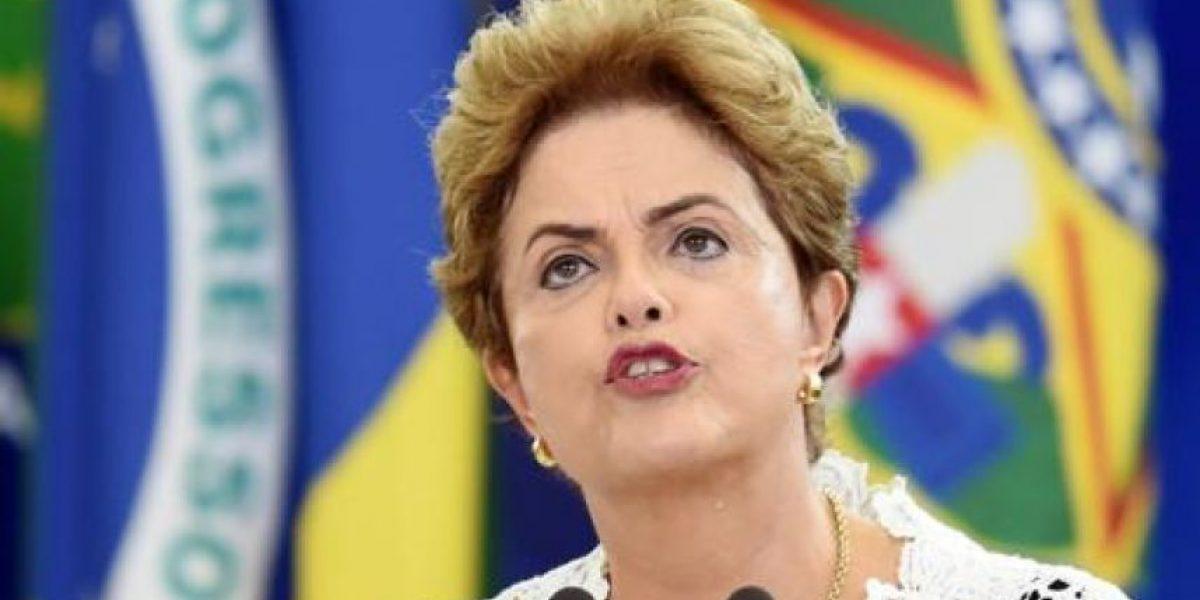 Aceptan el pedido de juicio político contra Rousseff