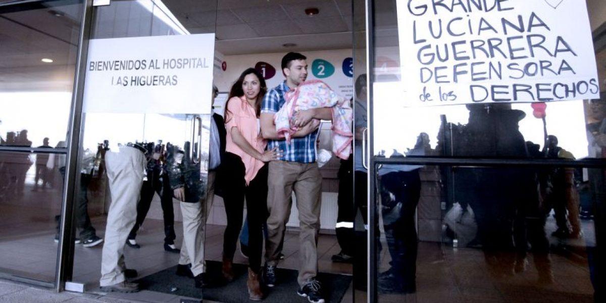 Talcahuano: tras 12 días familia logró retirar a bebé retenida en hospital