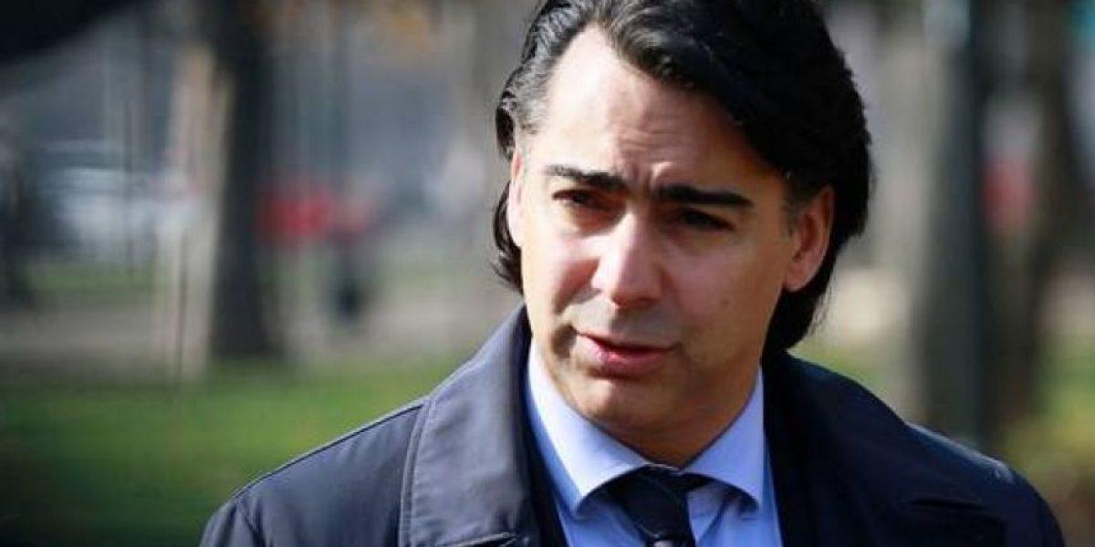 Diputado UDI pide orden de detención contra Marco Enríquez-Ominami