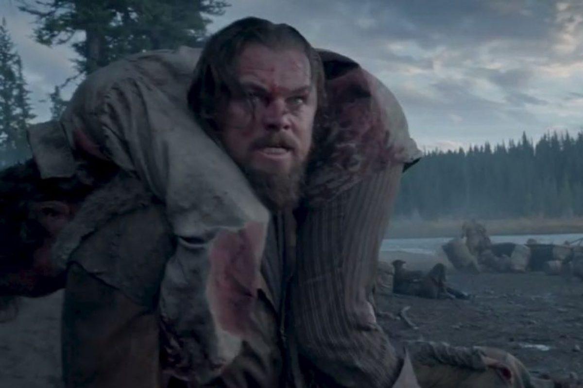 """""""Leo"""" también tuvo que dormir entre cadáveres de animales. Foto:20th Century Fox. Imagen Por:"""